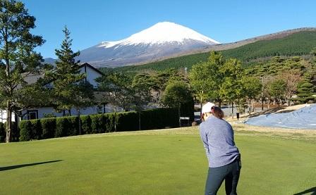 富士高原でゴルフ